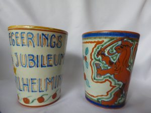2 Pollmann plateel bekers 1923