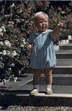 prinses Beatrix met haar Beatrix schoentjes