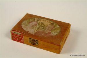 sigaren doos t.g.v het huwelijk van prinses Juliana en prins Bernhard 1937