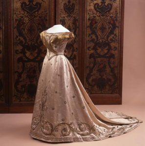 De inhuldigingsjapon van koningin Wilhelmina